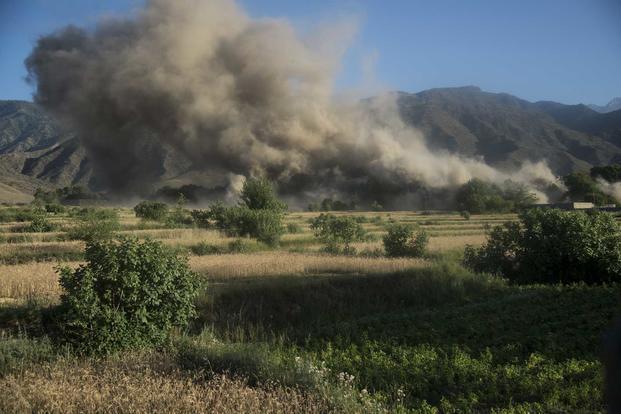 ISIL leader in Afghanistan killed in air strikes
