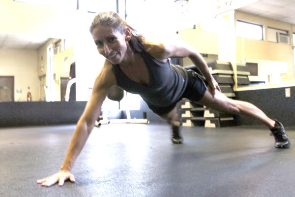 Circuit Training Insanity: 3 Hardcore Workouts to Burn Body Fat