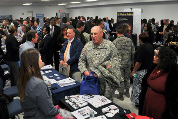 10 tips for better results from job fairs